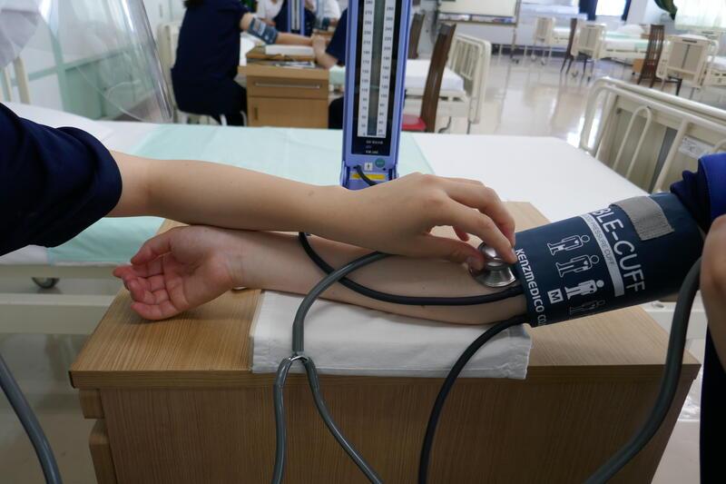 血圧測定は実技試験もあります